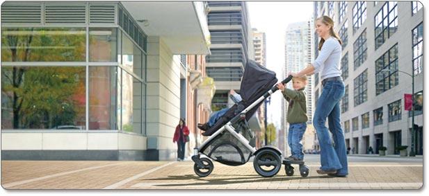 B-READY Stroller Board Lifestyle Shot