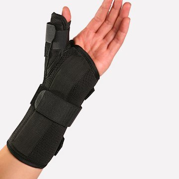 Therapist's Choice Wrist Brace with Spica Thumb Support, Universal Size (Left)