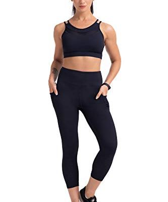 Plus size cropped yoga pants