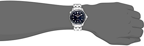 31X5bwPwaAL Round watch in stainless steel featuring blue dial with contrasting stick and dot markers 41 mm case with synthetic-sapphire dial window Automatic self-wind movement with analog display