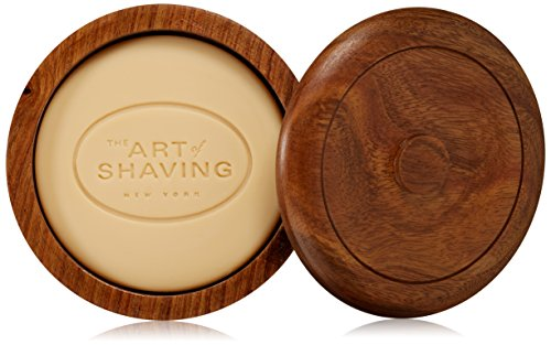 Lavender essential oil - Normal to sensitive skin Classic shaving soap for the traditional wet shaving experience Generates a rich lather. The lather protects the skin and softens the beard while providing an extremely close shave