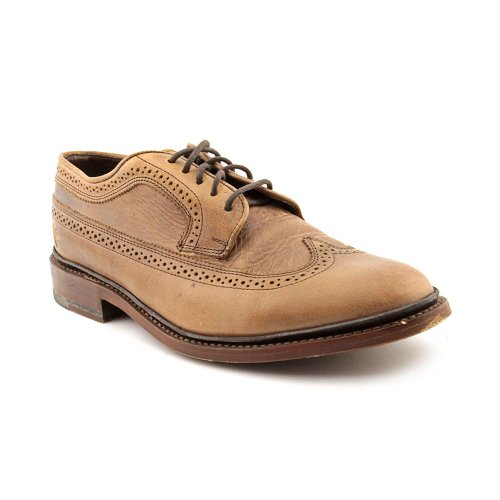41H3i95bb3L Leather wingtip oxford with brogue and pinking trims Lace-up closure with blind eyelets Low stacked heel
