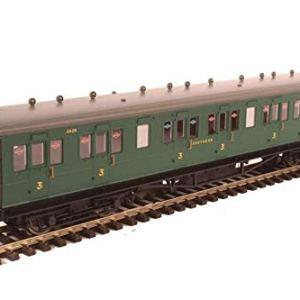Hornby R4793 SR 58′ Maunsell Rebuilt (Ex-LSWR 48') 6 Comp Brake 3rd Coach, Multi 41PbByNtdBL