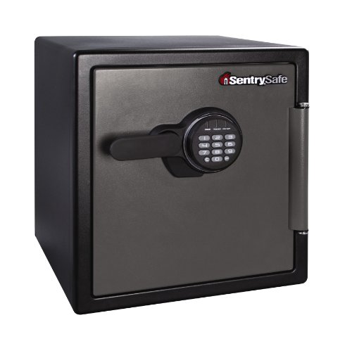 SentrySafe Fire and Water Safe, Extra Large Digital Safe, 1.23 Cubic Feet, SFW123ES