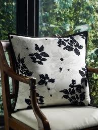 Lauren By Ralph Lauren Port Palace 18' X 18' White Floral Throw Pillow