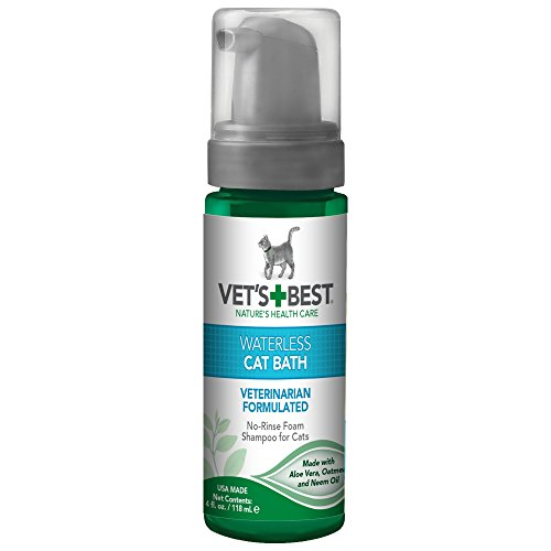Vet's Best Waterless Cat Bath | No Rinse Waterless Dry Shampoo for Cats | Natural Formula | 4 Ounces