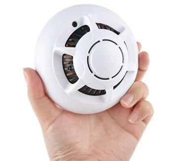 Détecteur de fumée ou caméra de surveillance cachée ?