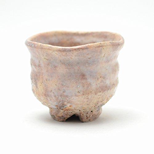 Japanese ceramic Hagi yaki (Hagi ware) made by Kohei Tanaka. Guinomi Sake cup with wooden box.