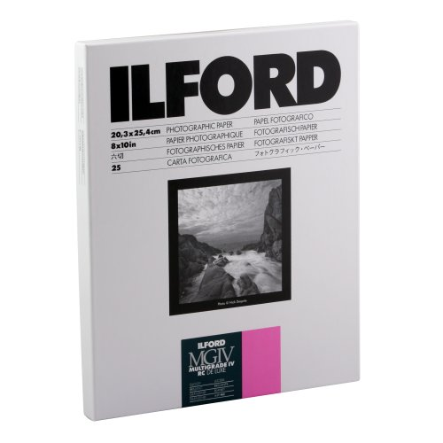 Ilford Multigrade IV RC Deluxe Resin Coated VC Variable Contrast – Black and White Enlarging Paper, 8×10 Inches, 25 Sheets, Glossy Surface (116 8190)