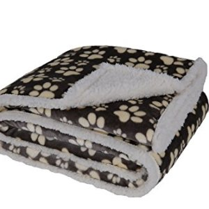 HappyCare Textiles Printed Dog paw Flannel Reverse to Sherpa Throw Blanket 15