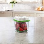 Rubbermaid-1920478-63Cup-Produce-Container-63-Cup-Green