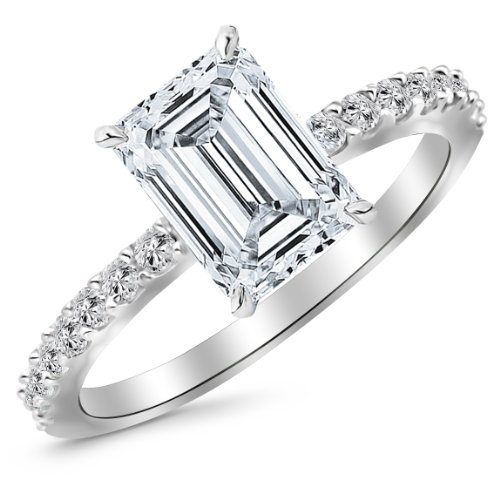 510TMido4nL Houston Diamond District offers a 30 day return policy on all of its products Side Diamonds on Engagement Rings with Sidestones are G-H Color SI1-SI2 Clarity We only sell 100% Natural, conflict free diamonds.