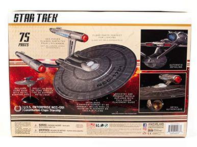 Polar-Lights-Star-Trek-Discovery-USS-Enterprise-2T-11000-Scale-Set-Prop-Replica-Model-Kit