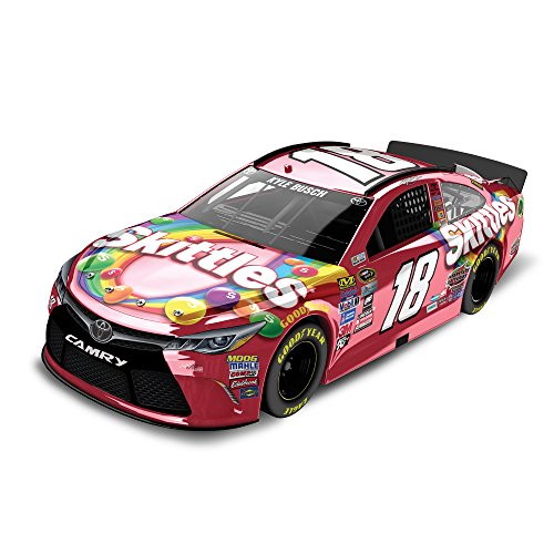lionel racing lionel racing kyle busch 18 skittles 2016 toyota camry nascar diecast car 1. Black Bedroom Furniture Sets. Home Design Ideas