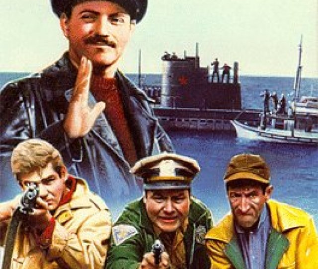 Amazon Com The Russians Are Coming The Russians Are Coming Vhs Carl Reiner Eva Marie Saint Alan Arkin Brian Keith Jonathan Winters Paul Ford
