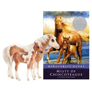 Breyer Traditional Series Misty & Stormy Model & Book Set   2 Horse and Book Gift Set   1:9 Scale   Model #1157