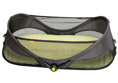 BRICA Fold N' Go Travel Bassinet