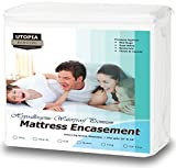 Utopia Bedding Premium Zippered Waterproof Mattress Encasement - Bed Bug Proof Mattress Cover - Ample Zipper Opening for Mattress Protector - Protection from Fluids, Insects and Dust Mites (Twin) by