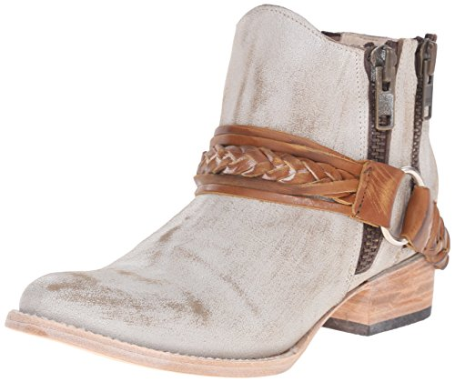 51C08DPkSqL Handmade boot in distressed leather featuring braided strap across camp and twin zips at both sides Goodyear welt