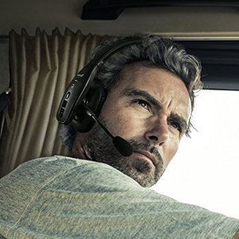 7 Best Bluetooth Headset For Truckers In 2020 Plus One To Avoid