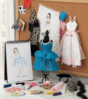 Fashion Design Studio Kit, 30-Pieces