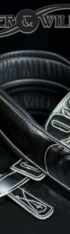 Walker & Williams C-22 Premium Black Leather Guitar Strap