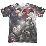 Batman vs. Superman- Showdown (Front/Back) T-Shirt Size M