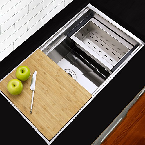 Highpoint Collection 30-inch 16 Gauge Zero Radius Undermount Stainless Steel Kitchen Sink with Colander, Cutting Board and Drain