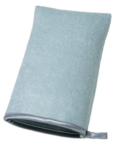 this stainless steel cleaning mitt is awesome! Keep your hands neat and clean while you make your stainless steel appliances shine!