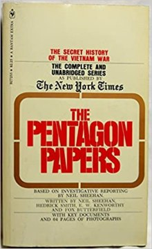 The Pentagon Papers: The Secret History of the Vietnam War: Neil Sheehan,  Herick Smith, E.W. Kenworthy, Fox Butterfield, Daniel Ellsberg:  9780553072556: Amazon.com: Books