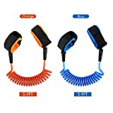 Locisne 2 Pack Child Anti Lost Wrist Link Skin Care Wrist Link Belt Sturdy Flexible Safety Wristband Leash Travel Outdoor Shopping for Kids and Toddlers, Length 1.8mm (Blue and Orange)