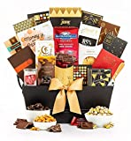 GiftTree The Manhattan Gourmet Premium Gift Basket | Godiva, Moonstruck, Lindt & Ghirardelli Chocolates, Toffee Caramel Popcorn, Almonds, Pecans & More. | Perfect for Corporate Gifting or Any Occasion
