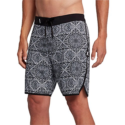 """813XP51%2BICL Hurley Size Chart Take in the creativity the ocean brings and let loose in the Phantom Casa 18"""" Boardshorts!"""