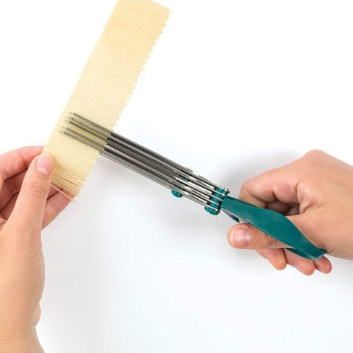 fringe scissors for paper flowers