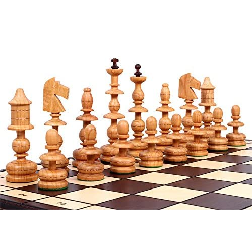 The Alcazar Chess Set