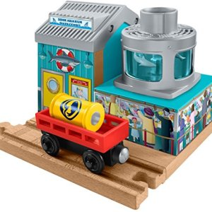 Fisher-Price Thomas & Friends Wooden Railway, Shark Food Delivery Train 51vAwtGaxzL