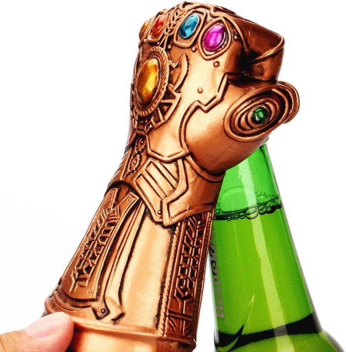 ZYER Guante Abridor de Botellas de Cerveza, Abridor de Botellas Thanos, Thanos Guante Abridor de Tapas de Botellas de Vino de Cerveza, Herramienta de Cocina