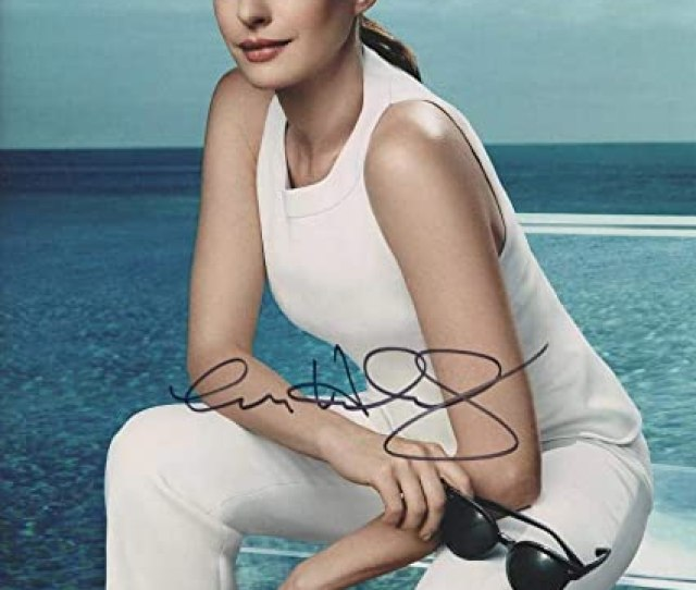 Hot Sexy Anne Hathaway Signed X Photo Authentic Autograph