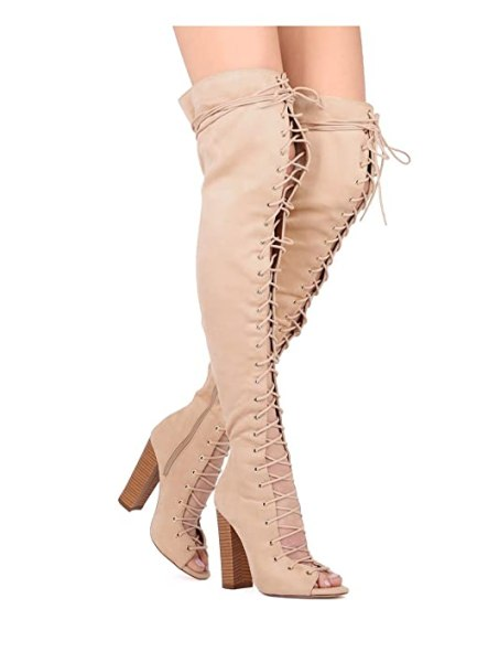 12 Cute Outfits With Knee High Boots You Need For Fall