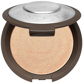 Check out these highlighters for oily skin that are great for a healthy glow!