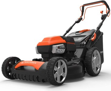 "Best self-propelled lawn mower for hills - Yard Force Lithium-Ion 22"" Self-Propelled 3-in-1 Mower"