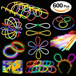 Glowstick, (600 Pcs Total) 250 Glow Sticks Bulk 7 Colour and Connectors for Bracelets Necklaces Balls Eyeglasses and More, Funcorn Toys Light up in The Dark Stick for Kid Party Birthday Halloween Gift
