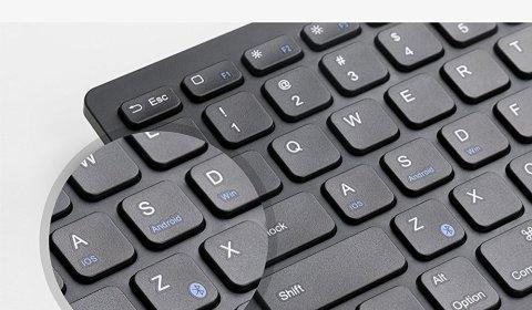 ウルトラスリム Bluetooth ワイヤレスキーボード 【iOS/Android/Mac/Windows対応/長時間稼働】(ブラック)薄型軽量かつコンパクト、長期間使用可能、静音ワイヤレスキーボード
