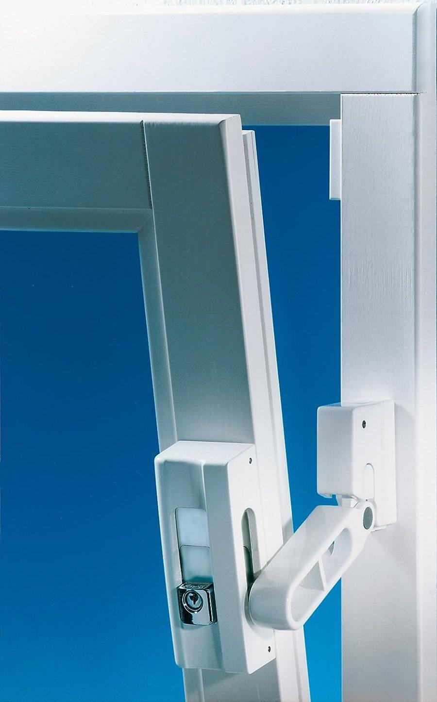 Burg-Wächter Massive Fenstersicherung, VDs geprüfter Anwesenheitsschutz, Präzisions-Zylinderschließwerk, BlockSafe BS 2 W SB