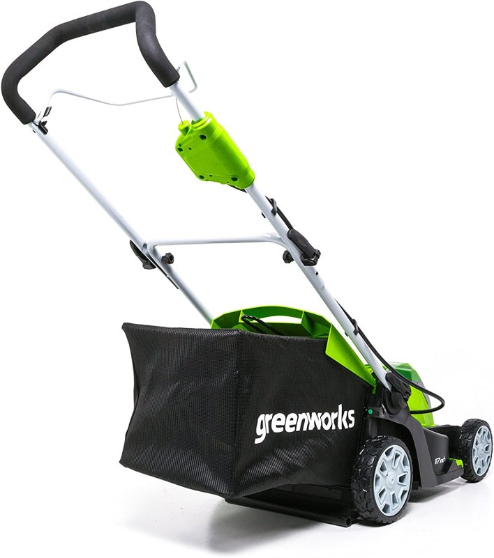 This particuler lawn mower also has a mulch bag to use.