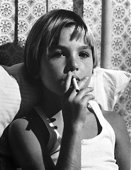 Amazon.com: Tatum ONeal Puffing Cigarette in Classic Photo Print (24 x 30): Posters & Prints