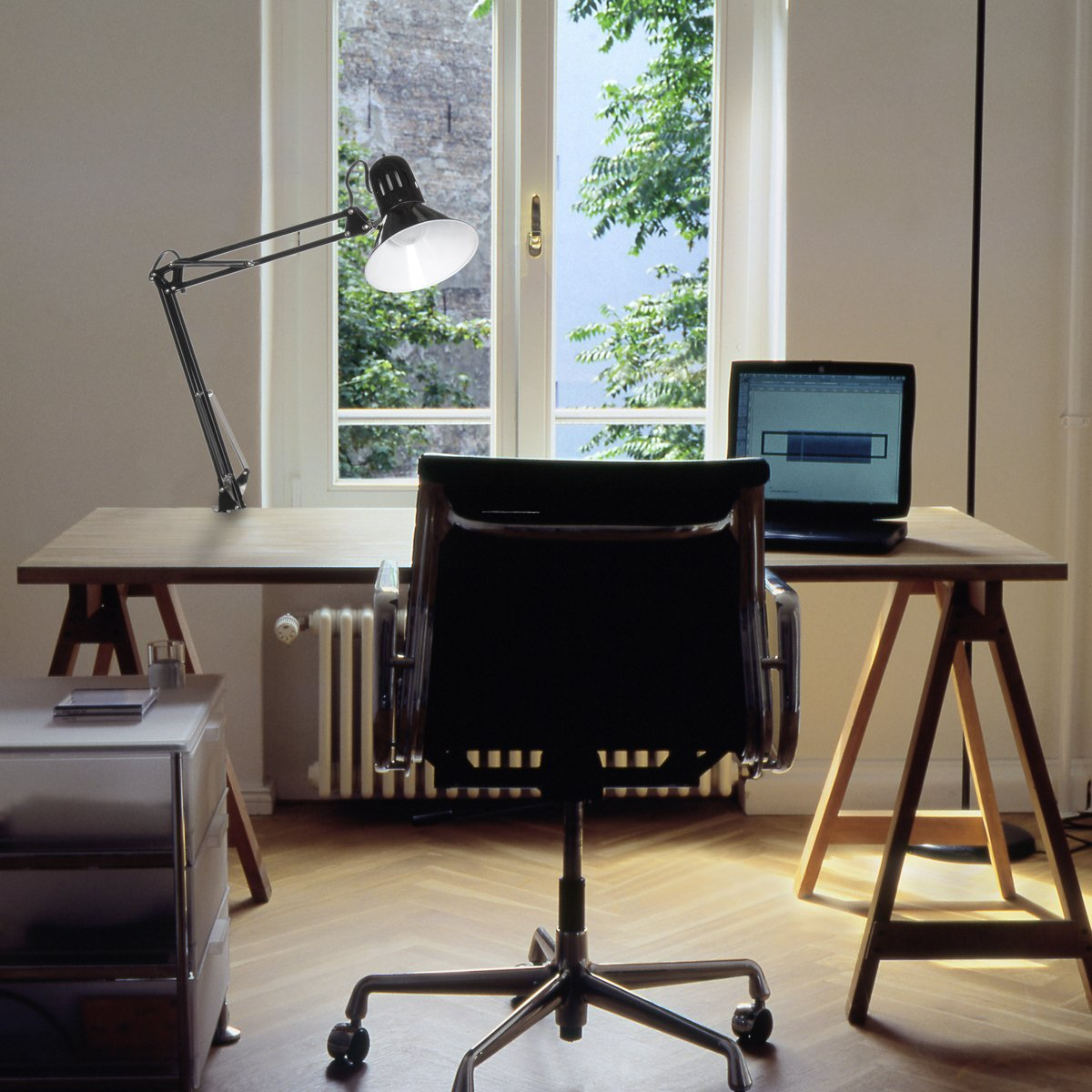 """Globe Electric 32"""" Multi-Joint Desk Lamp Review"""