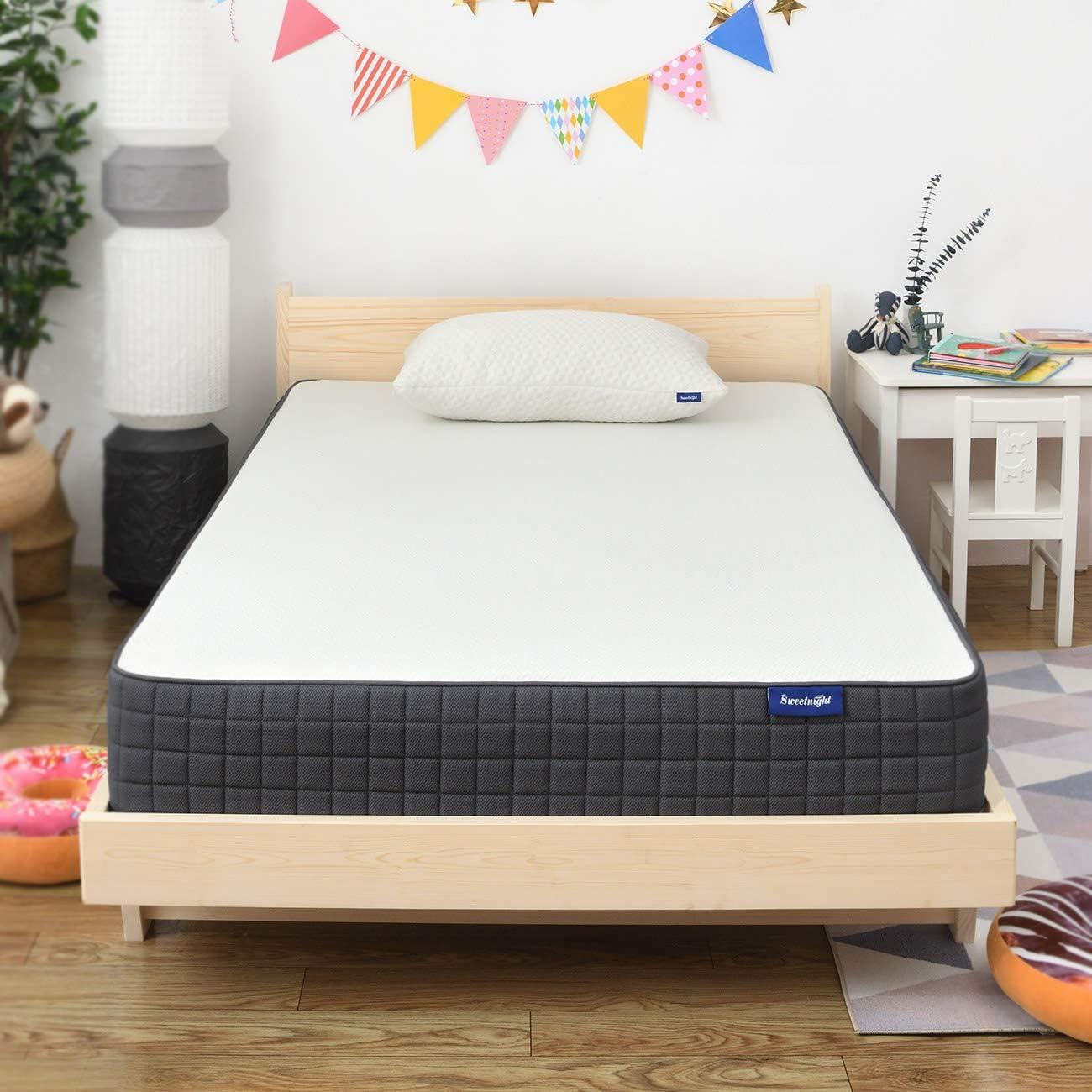 Amazon Com Twin Mattress Sweetnight Breeze Twin Size Mattress Medium Firm Memory Foam Mattress For Sleep Cool Pressure Relief 8 Inch Furniture Decor
