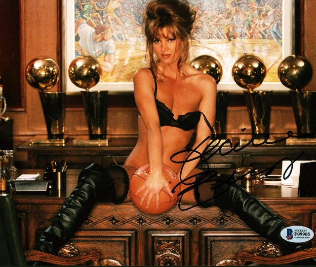 Jeanie Buss Signed Photo Lakers Playboy Sexy X