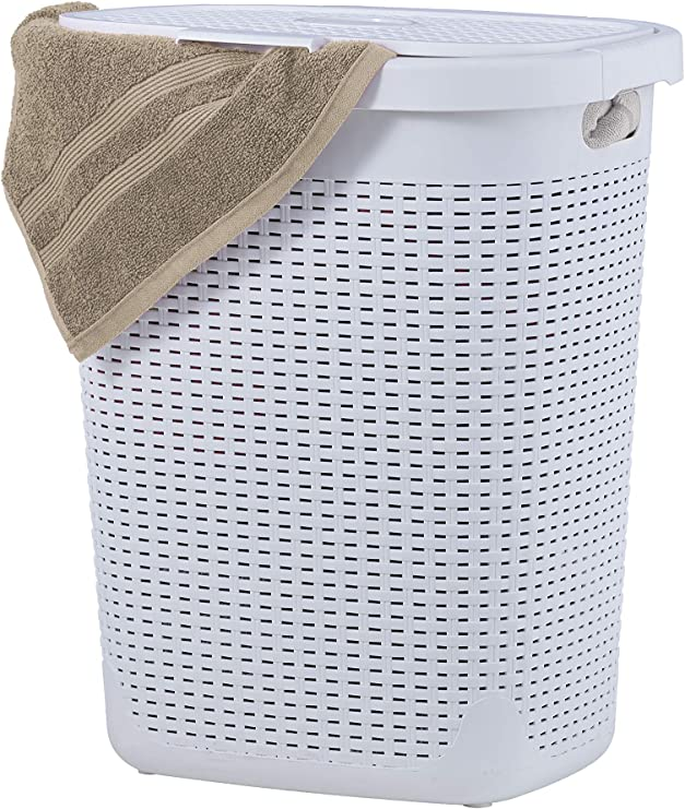 Amazon Com Wicker Laundry Hamper With Lid 50 Liter White Laundry Basket 1 40 Bushel Durable Bin With Cutout Handles Easy Storage Dirty Cloths In Washroom Bathroom Or Bedroom By Superio Home Kitchen